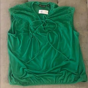 NWT New York and company top